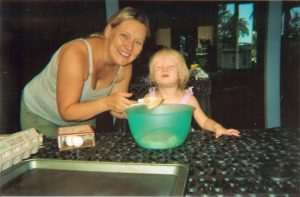 Lisa-with-Rylee-2009-before